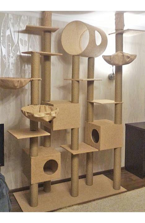 Домик для трех кошек